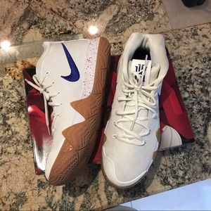 Nike Kyrie 4  Uncle Drew Size 11